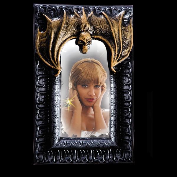 specchio in pvc con cornice pipistrello h euro