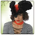 Cappello Piratessa Perla Nera in bifloccato con rouche in raso e bandana rossa